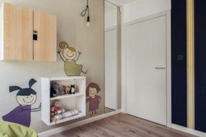 półki w pokoju dziecięcym