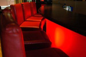 stoliki przy barze