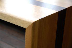 przybliżenie na drewniane wykonanie